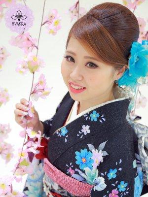 #004.漆黒ノ夜ニ輝ク蒼イ薔薇ハ女神ノ為ニ咲ク